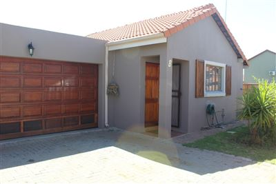 Rustenburg, Waterkloof East Property  | Houses For Sale Waterkloof East, Waterkloof East, House 3 bedrooms property for sale Price:960,000