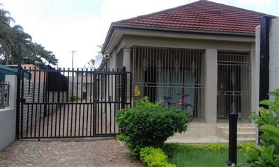 Pretoria, Pretoria West Property    Houses For Sale Pretoria West, Pretoria West, House 10 bedrooms property for sale Price:1,400,000