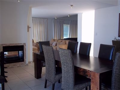 Yzerfontein property for sale. Ref No: 13436590. Picture no 9