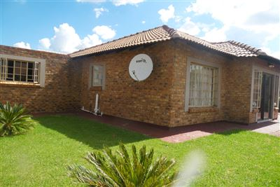 Pretoria, Heatherview Property  | Houses For Sale Heatherview, Heatherview, House 3 bedrooms property for sale Price:1,063,790