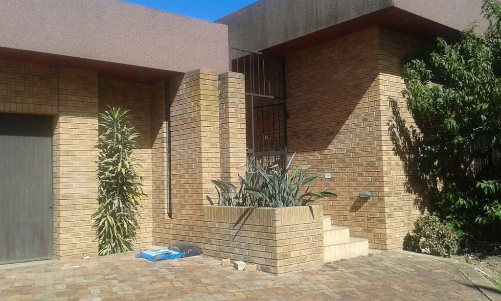 5 Bedroom House for sale in Eversdal Heights Durbanville