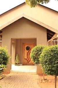 Pretoria, Parktown Estate Property  | Houses For Sale Parktown Estate, Parktown Estate, House 3 bedrooms property for sale Price:1,490,000