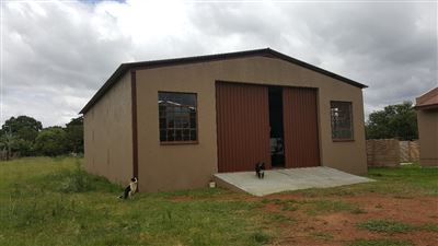 Kameeldrift East property for sale. Ref No: 13439008. Picture no 32