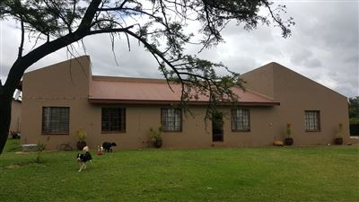 Kameeldrift East property for sale. Ref No: 13439008. Picture no 1