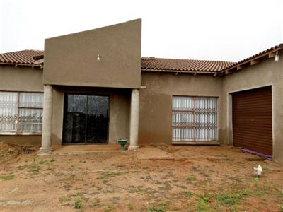 Property and Houses for sale in Witbank Xx Ext, House, 2 Bedrooms - ZAR 380,000