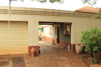 Pretoria, Eloffsdal Property    Houses For Sale Eloffsdal, Eloffsdal, House 3 bedrooms property for sale Price:935,250