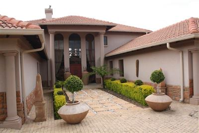 Pretoria, Pebble Rock Golf Village Property  | Houses For Sale Pebble Rock Golf Village, Pebble Rock Golf Village, House 4 bedrooms property for sale Price:4,999,000