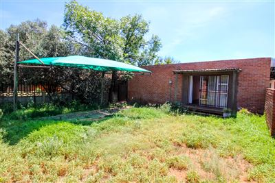 Bloemfontein, Pellissier Property  | Houses For Sale Pellissier, Pellissier, House 1 bedrooms property for sale Price:640,000
