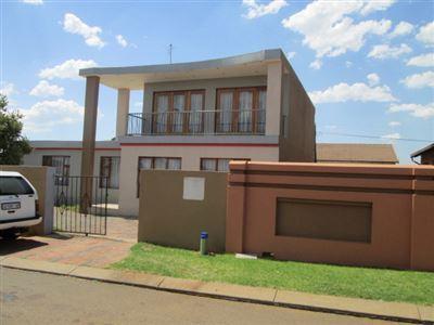 Germiston, Spruit View Property  | Houses For Sale Spruit View, Spruit View, House 4 bedrooms property for sale Price:956,250