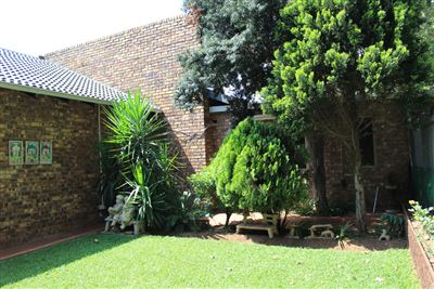 Property and Houses for sale in Mayville, House, 3 Bedrooms - ZAR 2,300,000