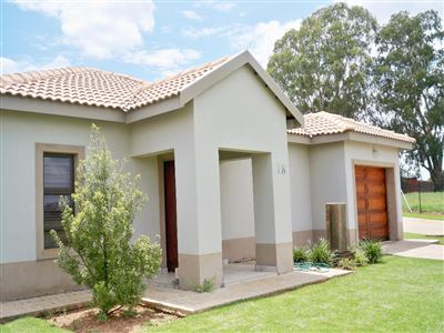 Potchefstroom, Van Der Hoff Park & Ext Property  | Houses For Sale Van Der Hoff Park & Ext, Van Der Hoff Park & Ext, House 2 bedrooms property for sale Price:1,070,000