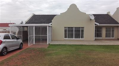 Bloemfontein, Uitsig Property  | Houses For Sale Uitsig, Uitsig, Townhouse 3 bedrooms property for sale Price:995,000