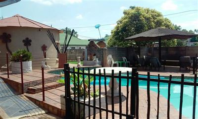 House for sale in Koster