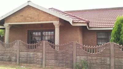 Witbank, Kwaguqa Property  | Houses For Sale Kwaguqa, Kwaguqa, House 3 bedrooms property for sale Price:850,000