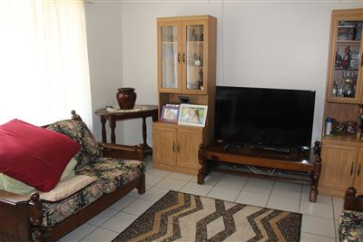 Middedorp property for sale. Ref No: 13448409. Picture no 9