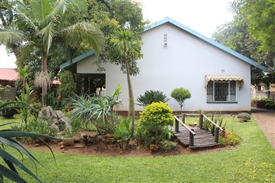 Middedorp property for sale. Ref No: 13448409. Picture no 1
