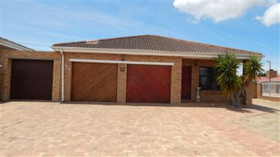 Brackenfell, De Oude Spruit Property  | Houses For Sale De Oude Spruit, De Oude Spruit, House 3 bedrooms property for sale Price:1,900,000