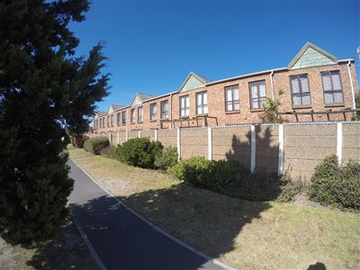 Cape Town, Thornton Property  | Houses For Sale Thornton, Thornton, House 2 bedrooms property for sale Price:985,000