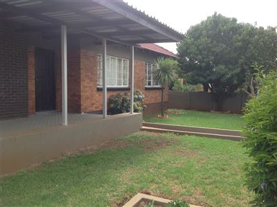 Germiston, Sunnyridge Property  | Houses To Rent Sunnyridge, Sunnyridge, House 3 bedrooms property to rent Price:,  9,00*