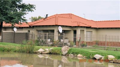 House for sale in Waterkloof East