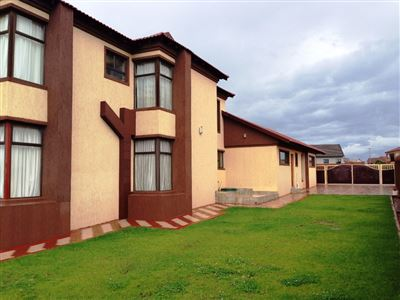 Bloemfontein, Lilyvale Property  | Houses For Sale Lilyvale, Lilyvale, House 5 bedrooms property for sale Price:5,700,000