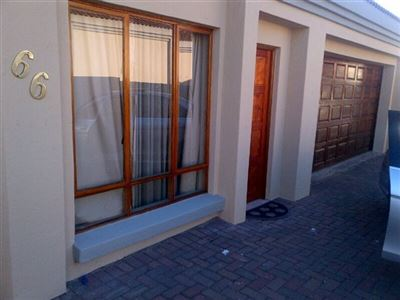 Townhouse for sale in Reyno Ridge And Ext