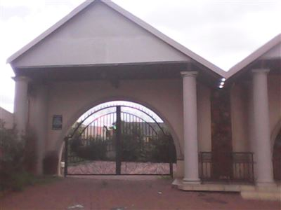 Witbank, Model Park & Ext Property  | Houses For Sale Model Park & Ext, Model Park & Ext, Commercial  property for sale Price:3,700,000