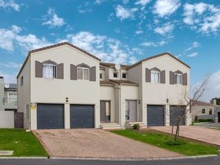 Durbanville, Avalon Estate Property  | Houses For Sale Avalon Estate, Avalon Estate, Townhouse 3 bedrooms property for sale Price:2,050,000