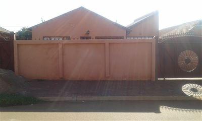 Pretoria, Soshanguve South Property  | Houses For Sale Soshanguve South, Soshanguve South, House 3 bedrooms property for sale Price:575,315