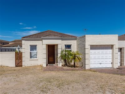 Brackenfell, Protea Heights Property  | Houses For Sale Protea Heights, Protea Heights, Townhouse 2 bedrooms property for sale Price:1,260,000