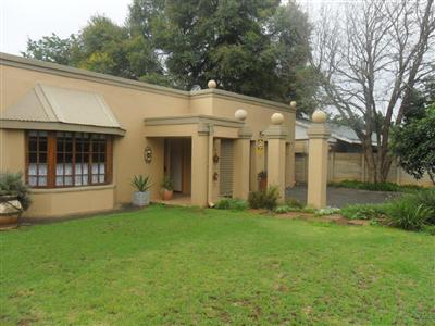 Bloemfontein, Universitas Property  | Houses For Sale Universitas, Universitas, House 4 bedrooms property for sale Price:1,800,000