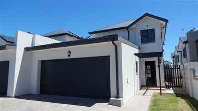 Cape Town, Buhrein Property  | Houses To Rent Buhrein, Buhrein, House 3 bedrooms property to rent Price:, 13,00*