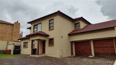 Centurion, Thatchfield Estate Property  | Houses For Sale Thatchfield Estate, Thatchfield Estate, House 4 bedrooms property for sale Price:2,220,000