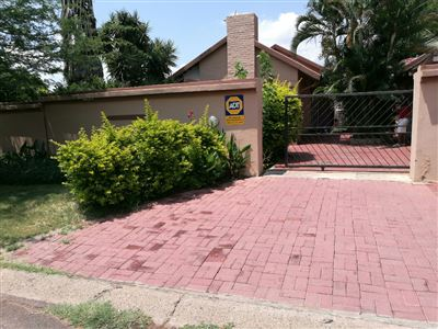 Rustenburg, Rustenburg North Property  | Houses For Sale Rustenburg North, Rustenburg North, House 2 bedrooms property for sale Price:950,000