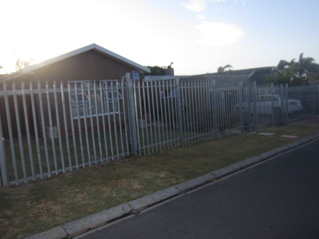 3 Bedrooms, 2 Bathrooms house, Protea Heights, Brackenfell