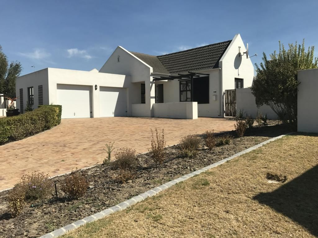 Security Estate - Ready to move in, Pinehurst