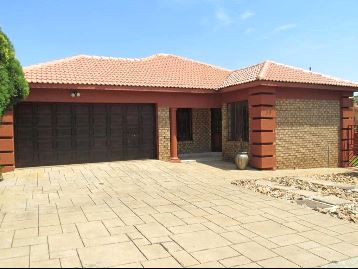 Centurion, Eldo Manor Property  | Houses For Sale Eldo Manor, Eldo Manor, House 3 bedrooms property for sale Price:1,950,000