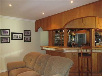 Stilbaai property for sale. Ref No: 13252523. Picture no 7