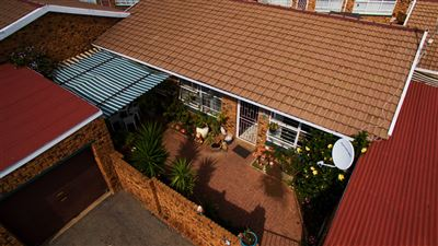 Krugersdorp, Mindalore & Ext Property  | Houses For Sale Mindalore & Ext, Mindalore & Ext, Townhouse 3 bedrooms property for sale Price:680,000