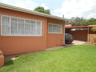 Johannesburg, Sophiatown Property  | Houses For Sale Sophiatown, Sophiatown, House 4 bedrooms property for sale Price:890,000