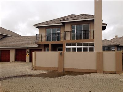Bloemfontein, Lilyvale Property  | Houses For Sale Lilyvale, Lilyvale, Townhouse 3 bedrooms property for sale Price:1,780,000