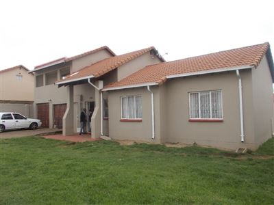 Johannesburg, Ormonde Property  | Houses For Sale Ormonde, Ormonde, House 4 bedrooms property for sale Price:1,050,000