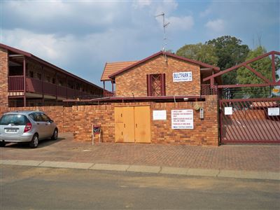 Potchefstroom, Kannoniers Park Property  | Houses For Sale Kannoniers Park, Kannoniers Park, Apartment 2 bedrooms property for sale Price:800,000