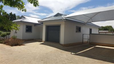 Klerksdorp, Wilkoppies Property  | Houses To Rent Wilkoppies, Wilkoppies, Townhouse 2 bedrooms property to rent Price:,  6,00*