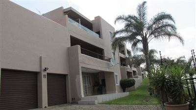 Apartment for sale in Constantia Kloof & Ext