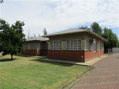 Bloemfontein, Bayswater Property  | Houses For Sale Bayswater, Bayswater, House 3 bedrooms property for sale Price:1,185,000