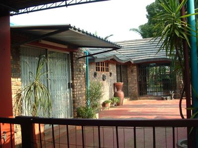 Pretoria, Booysens Property  | Houses For Sale Booysens, Booysens, House 3 bedrooms property for sale Price:1,370,000