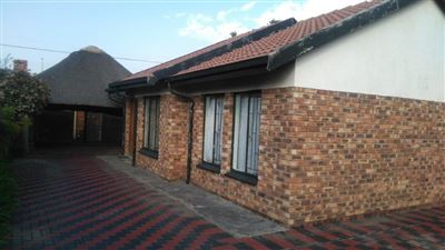 Rustenburg, Boitekong Property  | Houses For Sale Boitekong, Boitekong, House 3 bedrooms property for sale Price:400,000