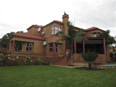 Property and Houses for sale in Moreletapark, House, 4 Bedrooms - ZAR 3,560,000