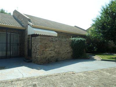 Parys property for sale. Ref No: 13460476. Picture no 1